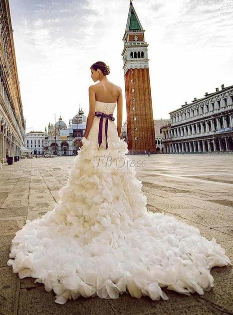 Stylish A-line Sweetheart Lace-up Sash Ruffles Chapel Train Wedding Dress | a la mode | Scoop.it