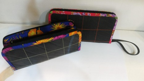 Recycled Inner Tube Clutch, ethically handmade by home based workers who are living with HIV/AIDS | Recycled Inner Tube Products | Scoop.it
