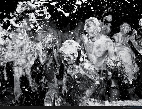 Foam Party Photographs by Alec Soth + audio interview | What's new in Visual Communication? | Scoop.it