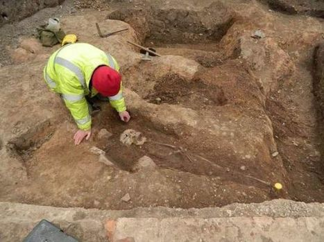 Again? Ancient Roman cemetery found under parking lot | Ancient Origins of Science | Scoop.it