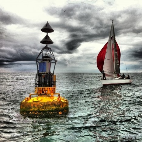 "Buoy & boat | ""Cameras, Camcorders, Pictures, HDR, Gadgets, Films, Movies, Landscapes"" 