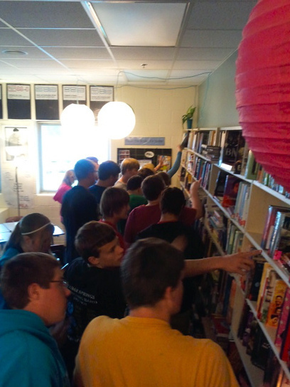 Tips for Getting Kids to Do More Choice Reading: Book Speed Dating | Creating a reading culture in a school - sharing the excitement about reading with students and teachers | Scoop.it