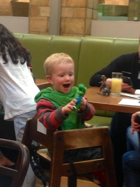 I think this little boy loves his free Dinosaur Roar! Chomper. What do you think... | Dinosaur Roar! | Scoop.it