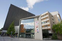 la bibliothèque de la Part-Dieu fête ses 40 ans - histoire   A la découverte des bibliothèques : Lyon - Genève - Lausanne   Scoop.it