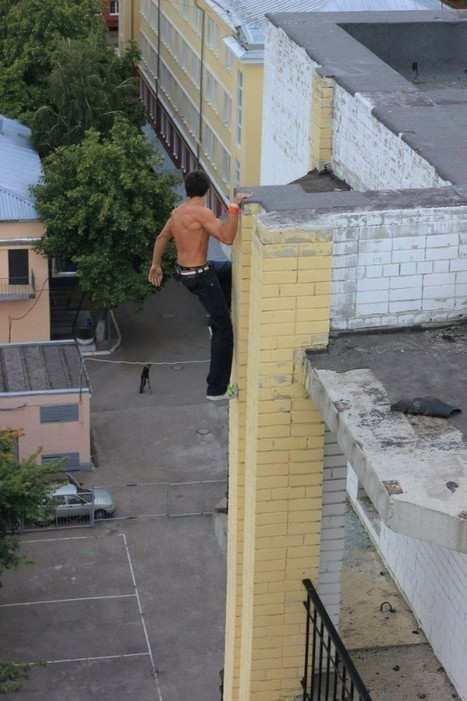 Russian Daredevil Is Taking the World by Storm with His Extreme Stunts | Strange days indeed... | Scoop.it