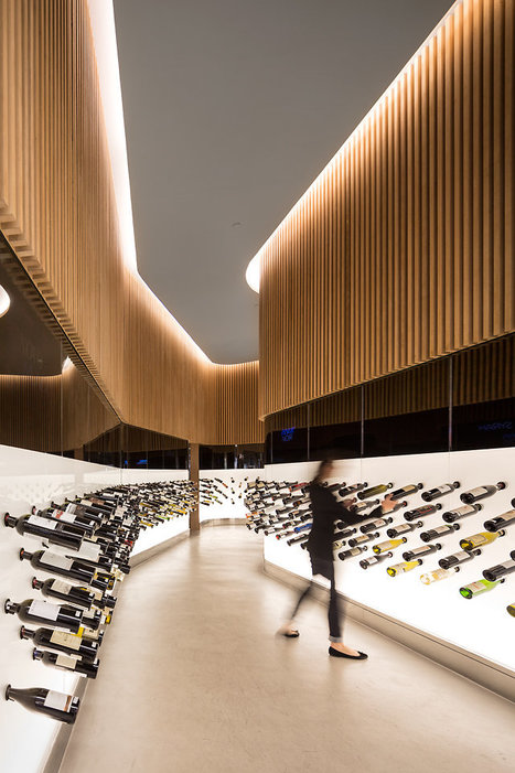 Wine Bottles Become Graphic Motif In This São Paulo Store | Vitabella Wine Daily Gossip | Scoop.it