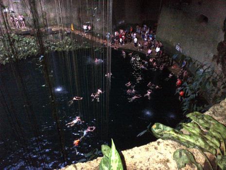 Beautiful Cenote At Chichen Itza, Mexico | FNBMG | Scoop.it