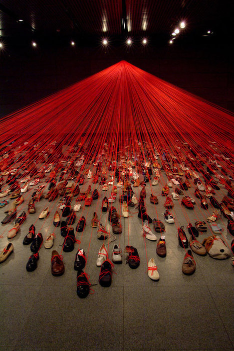 "Chiharu Shiota: ""Dialogue from DNA"" 