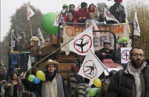NDDL : La résistance s'amplifie . Marée humaine contre l'Ayraultport   résistance civile   Scoop.it