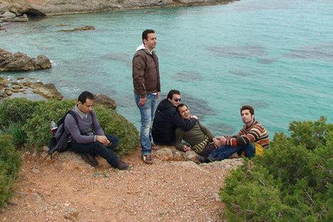 L'escale - Un film de Kaveh Bakhtiari - Kaleo - Film  Documentaire 2013 - (Site offciel du film) | caravan - rencontre (au delà) des cultures -  les traversées | Scoop.it
