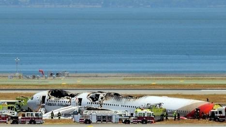 SF Plane Crash: Social Media Is Key First Responder | Social Media | Scoop.it