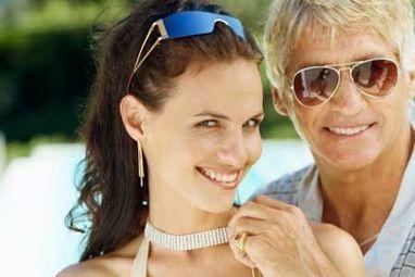 Younger Women Looking Cougar Men for Discreet Dating | adultxdating | Scoop.it