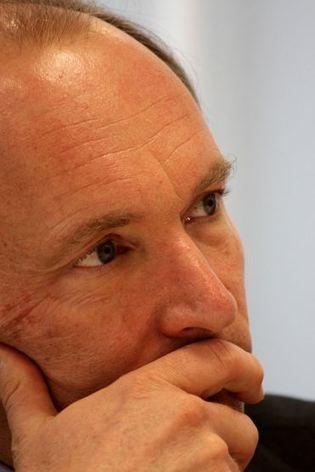 Mais que veut dire au juste Tim Berners-Lee lorsqu'il parle de « propriété des données » ? - @ Brest | METROPOLIS STUFF | Scoop.it