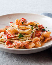 Linguine with Shrimp and Creamy Roasted Tomatoes Recipe - Melissa Rubel Jacobson | Food & Wine | À Catanada na Cozinha Magazine | Scoop.it