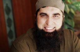 """If Junaid Jamshed's """"Blasphemy"""" Can Be Forgiven, Then Why Are Others Punished? 