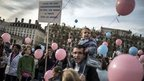 Tens of Thousands of French march against homosexual marriage, Preserve Traditional Family | News You Can Use - NO PINKSLIME | Scoop.it