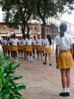 Peor educación, regalos más caros - Havana Times en español | Educación Inclusiva | Scoop.it
