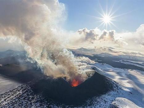 Watch four volcanoes erupt at the same time in spectacular 360 degree video | first topic! | Scoop.it