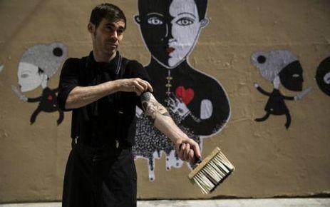 EN IMAGES. Street art : les nouveaux colleurs de Paname - Le Parisien | Jeunes artistes, entre créativité et précarité | Scoop.it