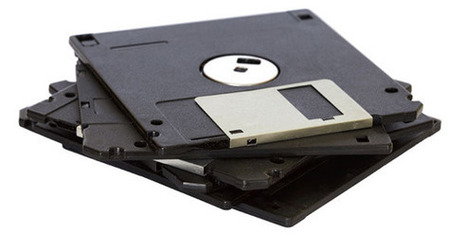 True geek builds autoloader to archive thousands of floppy disks automatically | VIM | Scoop.it