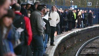UK jobless rate at three-year low | Royal Russell Economics Unit 2 Macro Economics | Scoop.it