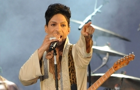 Newsana: Prince Delivers Funk Blowout at Paisley Park Studio Concert | Gossipee | Scoop.it