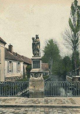 Gisors terre de légendes : pont de laVierge dorée, trésor et Tour de laReine Blanche, miracle de saint Paterne | GenealoNet | Scoop.it