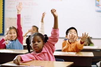 Urban Education Activists Take Complaints To Obama Administration (VIDEO) | Progress Illinois | Realschoolreform | Scoop.it