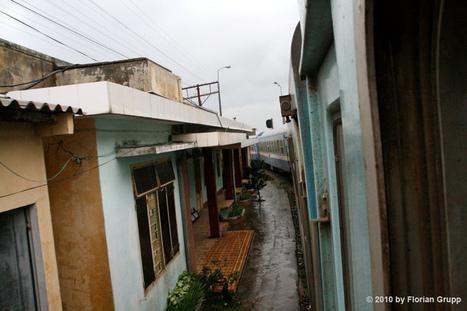 The Doorstep Railway of Hanoi | Outbreaks of Futurity | Scoop.it