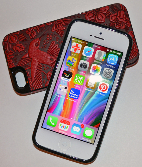 The case for the iPhone 5/5s is 4.8″ X 2.3″ X 0.35″ and weighs 0.85 ounce. - The Gadgeteer   iPhone Cases   Scoop.it
