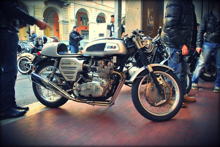 Inazuma café racer: BSA Rocket 3 | Cafe Racers | Scoop.it