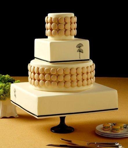 Fall modern style multi shape ivory   CLASSIC MULTISHAPE WEDDING CAKES   Scoop.it