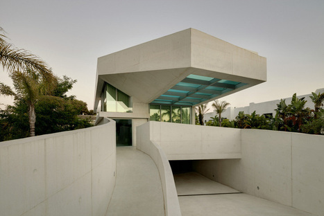 Jellyfish House: Spectacular Residence With A Rooftop Terrace And Infinity Pool   Interior design   Scoop.it