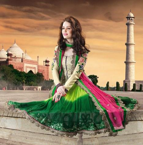 Anarkali style suit | facebook page fashionheena.com | Scoop.it