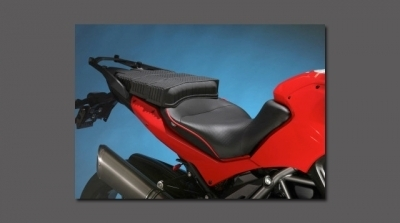 GEARBAG: New Sargent Cycle Products World Sport Modular Seat System For Ducati Multistradas | Speedtv.com | Ductalk | Scoop.it