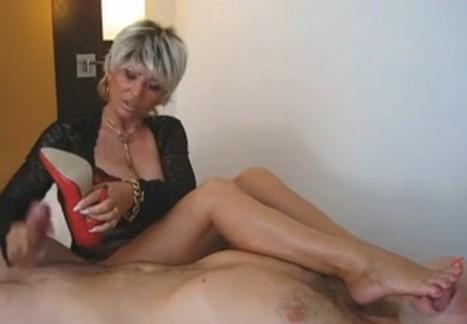 monella pornostar video porno molto spinti