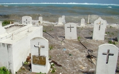 'Disaster after disaster' hits Marshall Islands as climate change kicks in   GarryRogers NatCon News   Scoop.it
