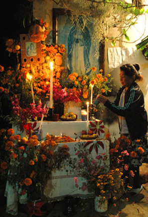 History of Day of the Dead & the Mexican Sugar Skull Tradition | Helene Michau Créations | Scoop.it