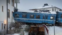 Mulher roubou comboio, conduziu-o e foi contra prédio - JN   Dude WTF?   Scoop.it