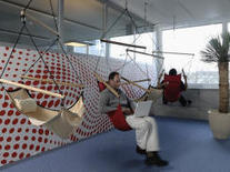 Inside Google workplaces, from perks to nap pods | Office Environments Of The Future | Scoop.it