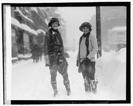 Photos from D.C.'s worst snowstorm (so far) on record | PBS NewsHour | History in Pictures | Scoop.it