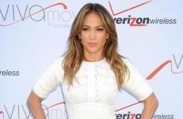 Jennifer Lopez doubted singing talent - Celebrity Balla | singing | Scoop.it