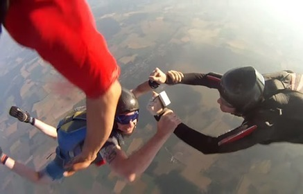 Watch A GoPro Camera Survive Falling Out Of A Plane | Business Video Directory | Scoop.it