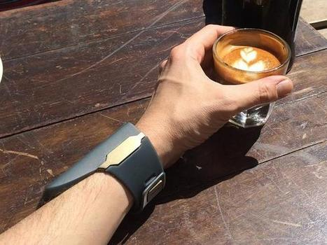 Rufus Cuff: How big a smartwatch can you stomach? - CNET | Daily Magazine | Scoop.it