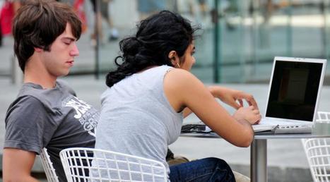 Sexcam, sexting et dedipix : pour les ados, le cyber sexe est quasiment devenu la norme   Teenager   Scoop.it