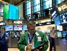 Stocks: Spanish bank tests offset weak economic data - CNNMoney | Eurozone Debt Crisis | Scoop.it