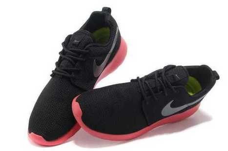 Lowest Price Mens Nike Roshe Run Black Red UK Free Shipping Buy | Nike Roshe Run Sale | Scoop.it