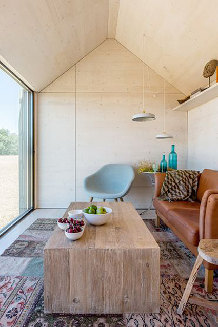 Prefab Portable Property ÁPH80 In Spain By ÁBATON | Interior Design | Real Estate | Scoop.it