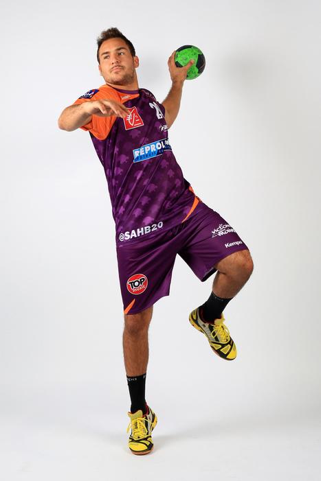 Handball – Le compte twitter de chaque joueur de Selestat s'affiche sur le maillot du club   Le Sport Digital   Scoop.it