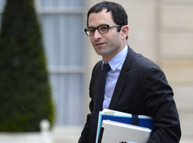 Benoit Hamon : le ministre a mangé des insectes !   Entomophagy: Edible Insects and the Future of Food   Scoop.it